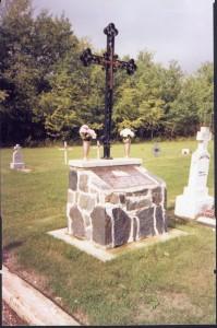 Dobrowody-cemetery cross